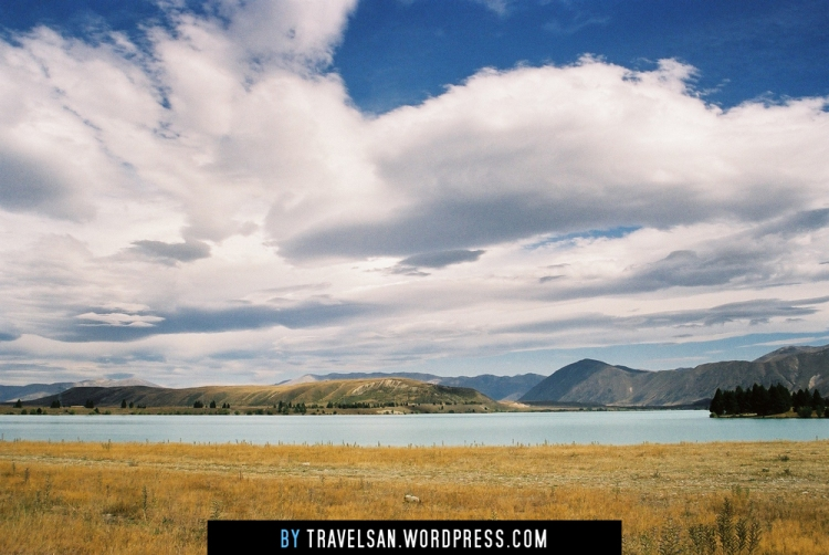 clouds_and_glaciallake