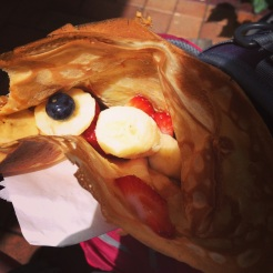 Crepe with fruit and maple syrup